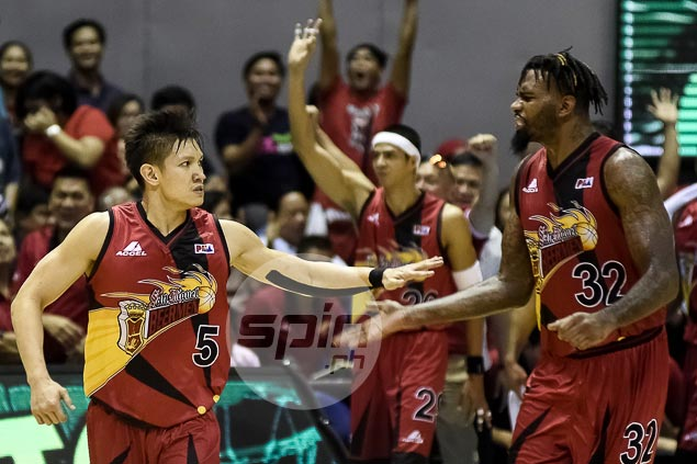 Shorthanded San Miguel Beer catches fire to assert mastery of Alaska