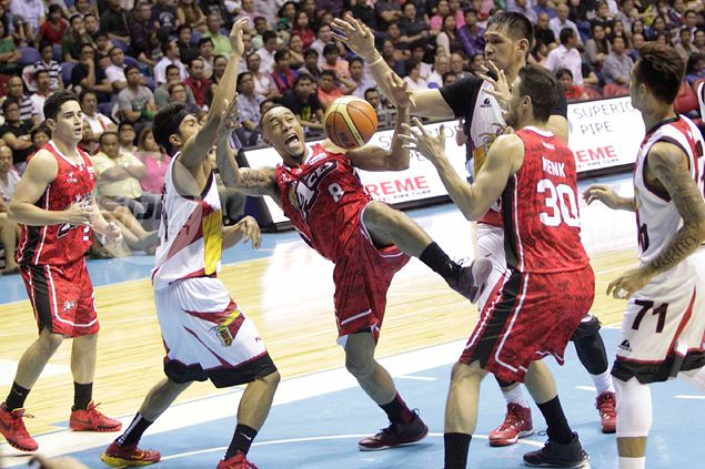 San Miguel beats Alaska in bruising, bloody Game Two to even PBA Finals at 1-1