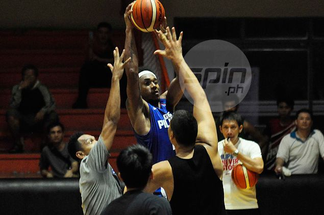 Calvin Abueva makes an effort to blend in as he joins first practice with Gilas