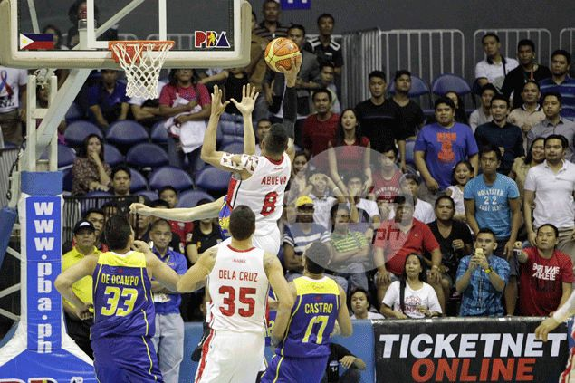 Alaska coach Compton's free-wheeling offense brings out the best in 'The Beast' Abueva