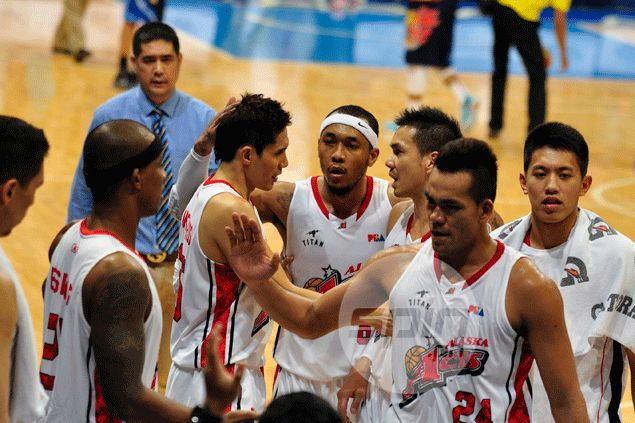 Calvin Abueva atones for Game Four punch with an 'act of goodwill' toward Uyloan