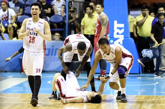 Did Blackwater coach Leo Isaac smell something fishy after overtime loss to Phoenix?