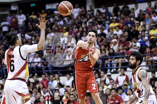 Party can wait for birthday-boy Chris Banchero after late Alaska fold-up