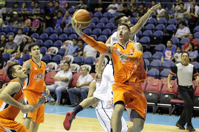 Cliff Hodge credits rebounding tips from Meralco coach Black for monster numbers