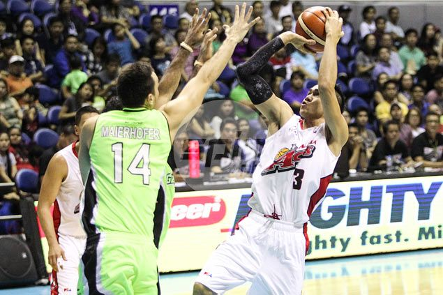 Alaska plays unselfish ball, deals GlobalPort a reality check with emphatic victory