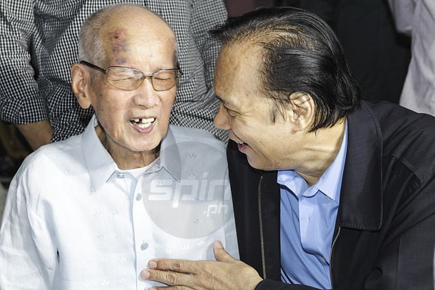 Basketball greats gather to honor 'Maestro' Baby Dalupan on his 92nd birthday