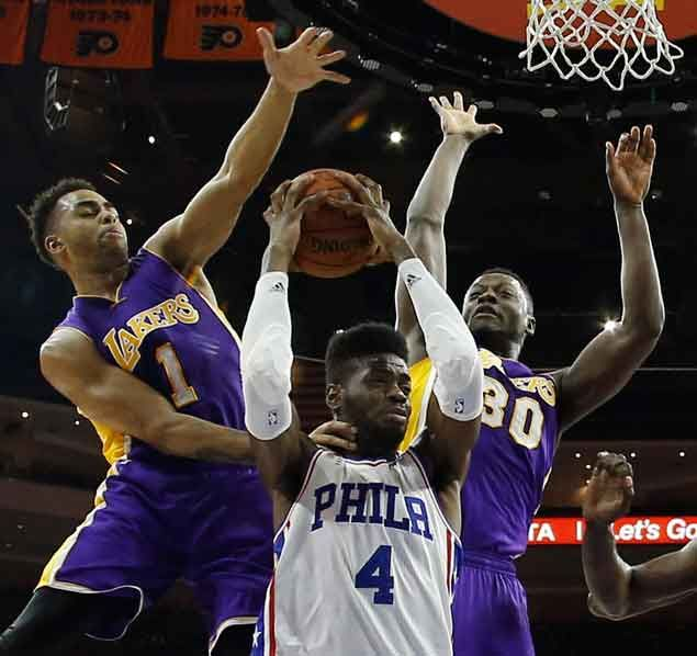 Scott plan to relegate Randle, D'Angelo to off-the-bench roles sure to raise eyebrows