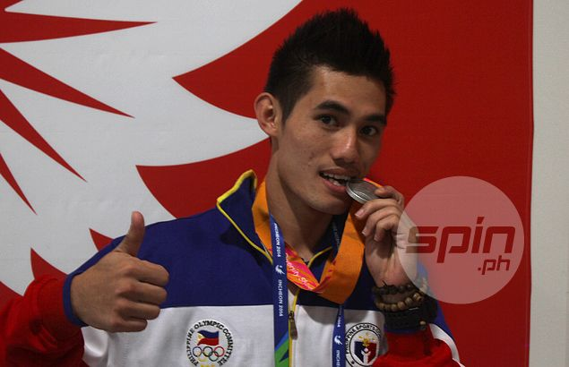 Wushu artist Parantac endures homesickness, Facebook-less existence in China on way to silver medal