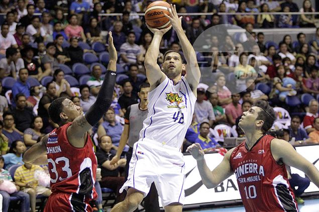 Longtime PBA star Danny Seigle delivers as usual, but this time in a stand-in role
