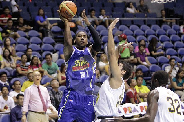 Denzel Bowles credits 'practice player' Blakely for Purefoods resurgence. Here's why