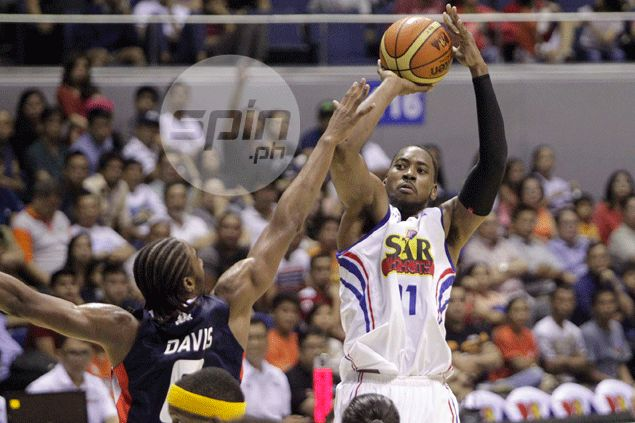 Denzel Bowles has all guns blazing as Purefoods takes top spot with win over Meralco