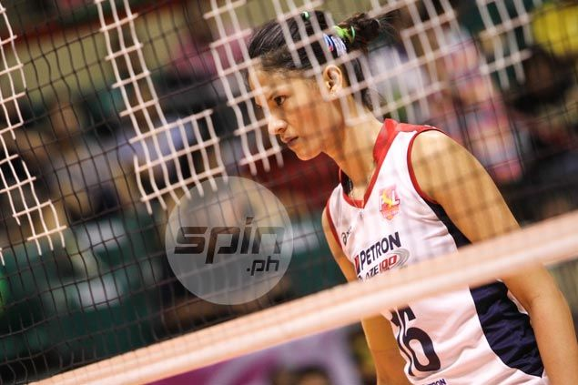 Petron weighs options as Dindin Santiago-Manabat tells team she's pregnant