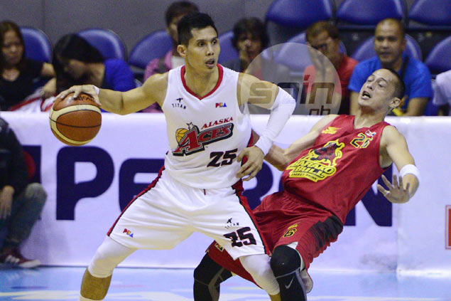 Hontiveros, Menk are technically unrestricted free agents, but will they leave Alaska?
