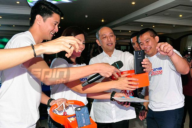 It's all about PUSO as star-studded PH contingent goes for 2019 World Cup hosting