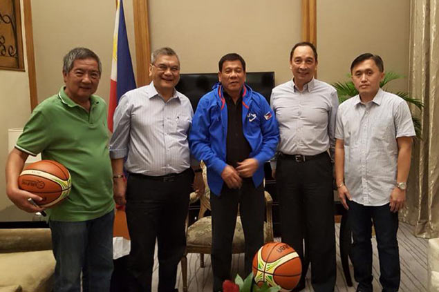 'Basketball fan' Duterte promises support for Gilas campaign in Olympic qualifier