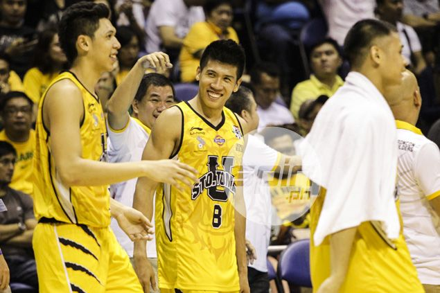 Former UST coach Pido Jarencio impressed with big leap in Ed Daquiaog's game