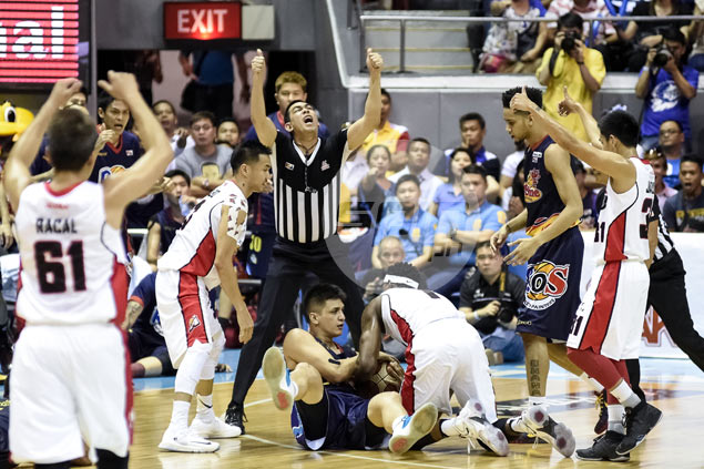 Rain or Shine can't be denied, beats Alaska in Game 6 for first PBA title in four years