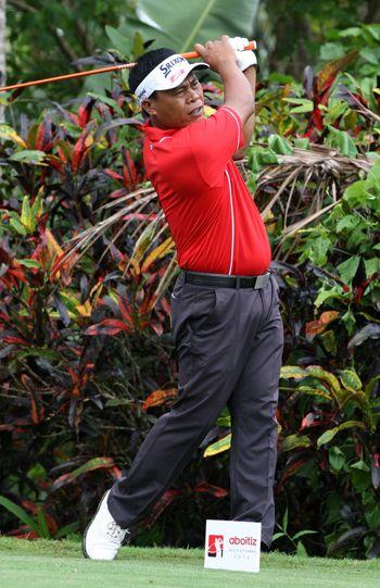 Elmer Salvador eyes three-peat as damp and long Riviera course awaits Aboitiz golf bidders