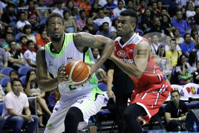 Jarrid Famous set for PBA comeback as prolific import moves from Globalport to Phoenix
