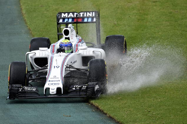 Lewis Hamilton logs fastest time in wet opening practice at Australian Formula One GP