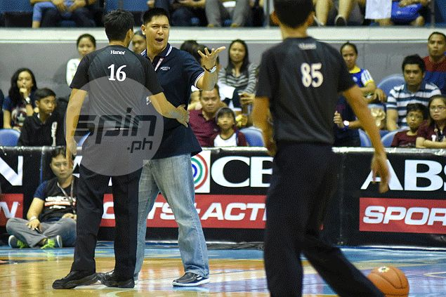 Former Falcons interim coach Mike Fermin tasked to handle Adamson cagebelles