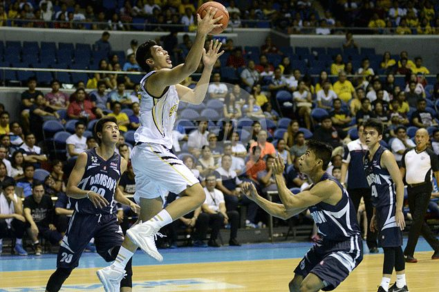 Kevin Ferrer, Ed Daquioag vow to go all-out in final year of playing for UST Tigers