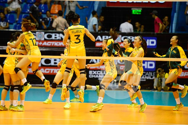 Lady Tamaraws draw inspiration from presence of FEU champion coach Nash Racela