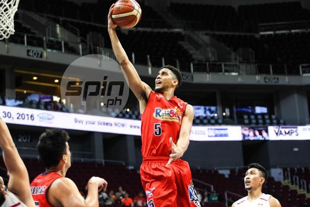Gabe Norwood provides lone highlight as Rain or Shine struggles to regain sharp form