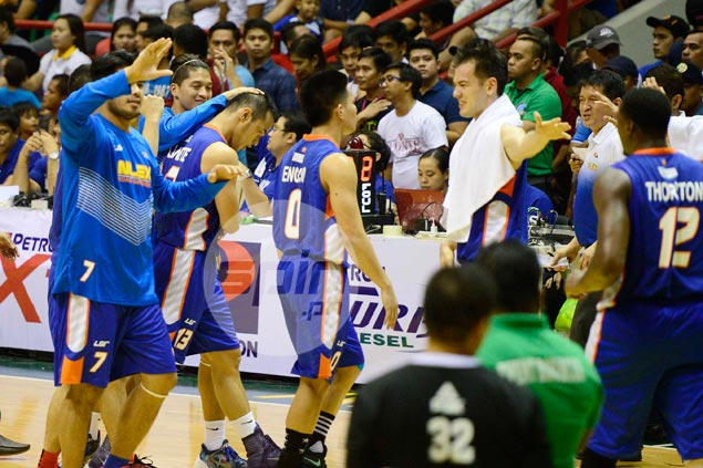 NLEX pulls off thrilling Binan victory as late mental lapses cost Star Hotshots