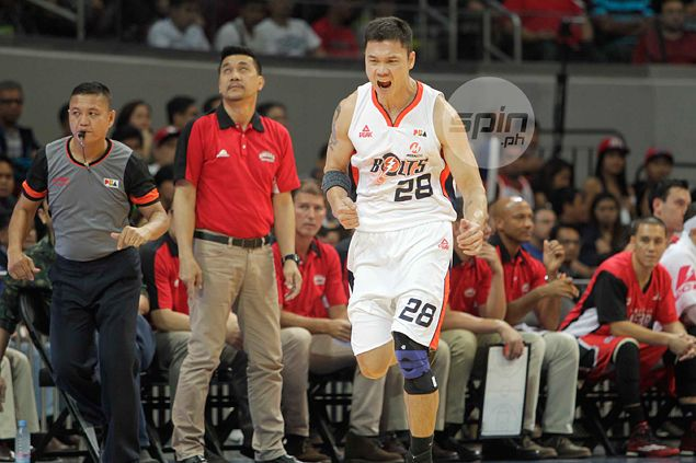 Run and gone? Meralco Bolts deal Ginebra a beating, spoil Ato Agustin's return to bench