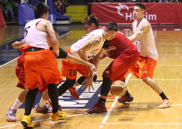 San Miguel holds Meralco to 83-83 standoff as Cliff Hodge misses game-winning shot in preseason game