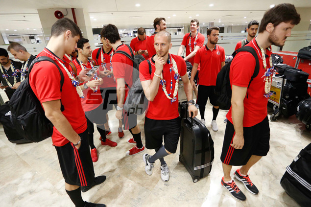 Turkey players waiting for their baggages at the arrival area