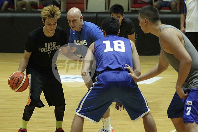 Taulava, Romeo, Rosario, Intal among new faces gathered by Gilas coach Baldwin for practice