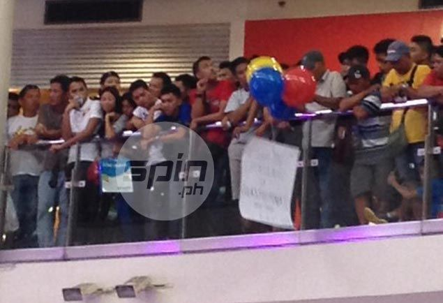 Protest balloon ruing 'lack of support' for Gilas released during PBA rookie draft
