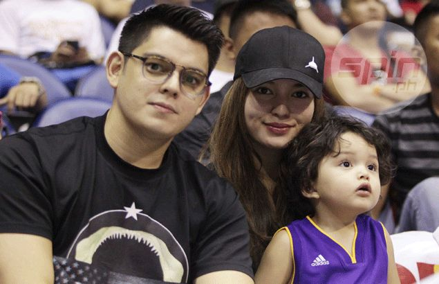 Matinee idol Richard Gutierrez doesn't mind relegated to supporting role as he cheers friend James Yap