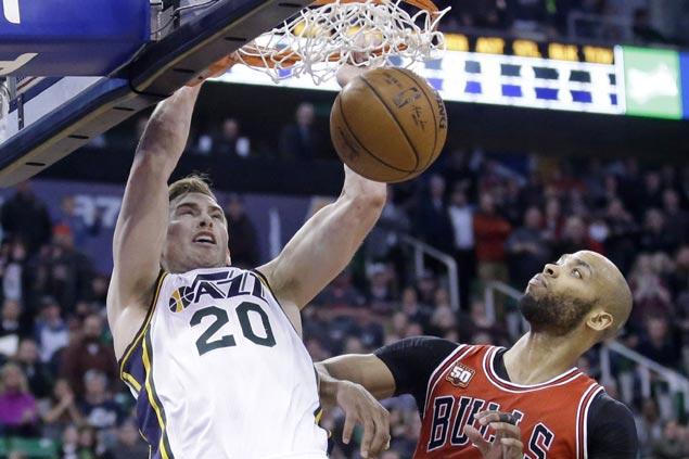 Gordon Hayward outscores Bulls in OT as Utah edges Chicago for third straight win