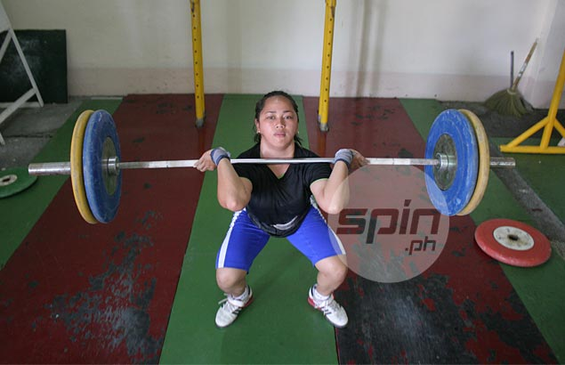 Hidilyn Diaz makes up for SEA Games absence by bagging gold in 1st Southeast Asian Weightlifting Championship