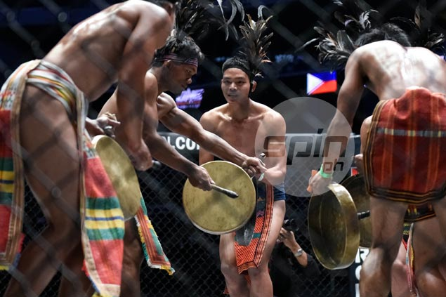 After 'Carrot Man,' it's MMA fighter Geje Eustaquio's turn to celebrate his roots