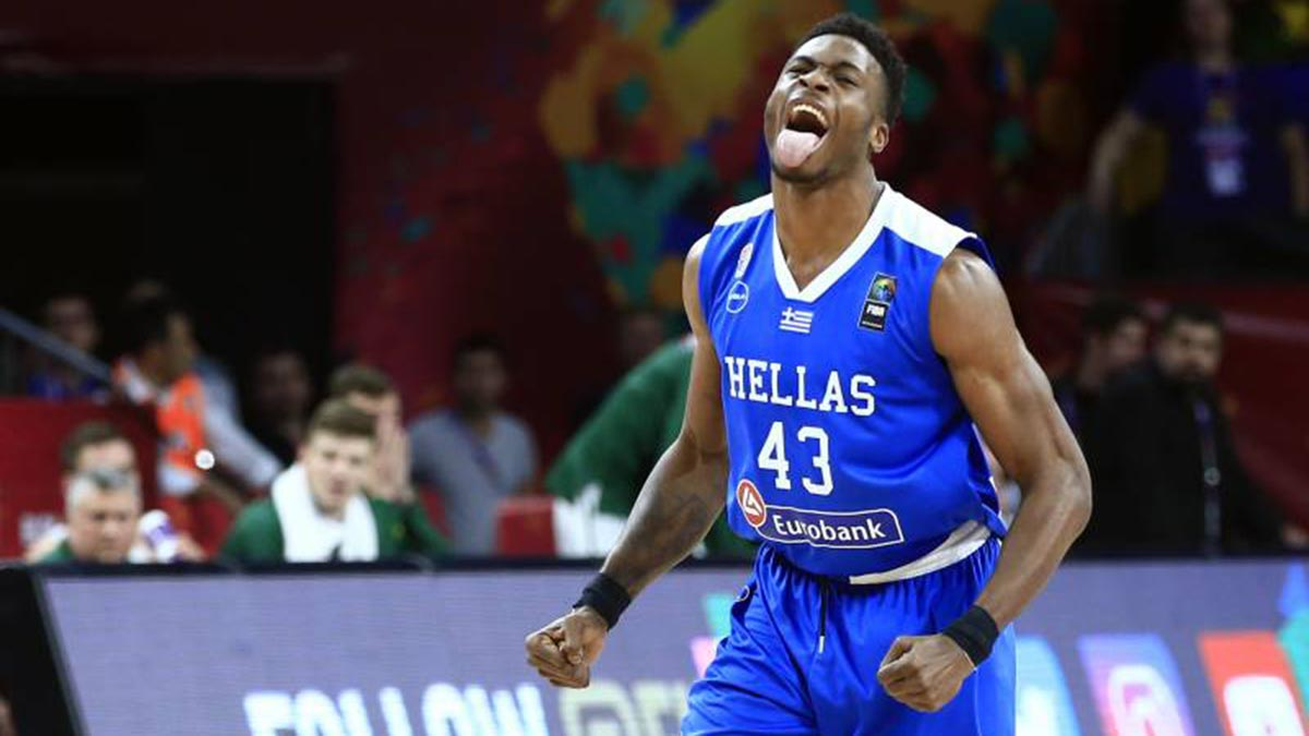 Bucks sign Giannis' older brother Thanasis Antetokounmpo ...
