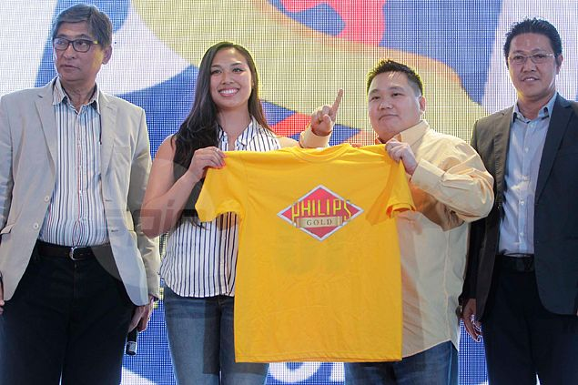 Former SF State Gators star Iris Tolenada picked first by Philips Gold in Super Liga rookie draft