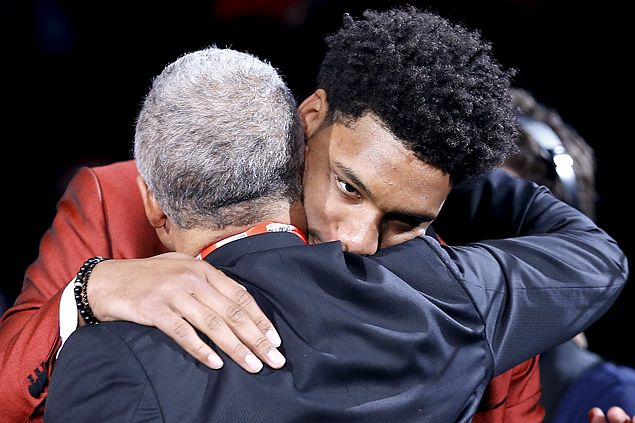 No. 3 pick Jahlil Okafor says he can't wait to play against idol Tim Duncan