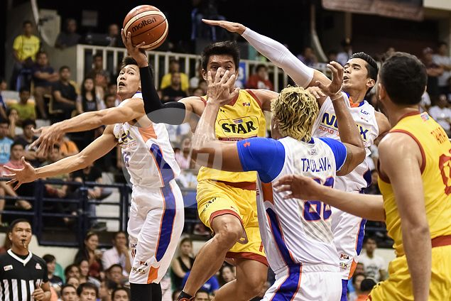 Star Hotshots benefit from late NLEX blunder to get back on winning track
