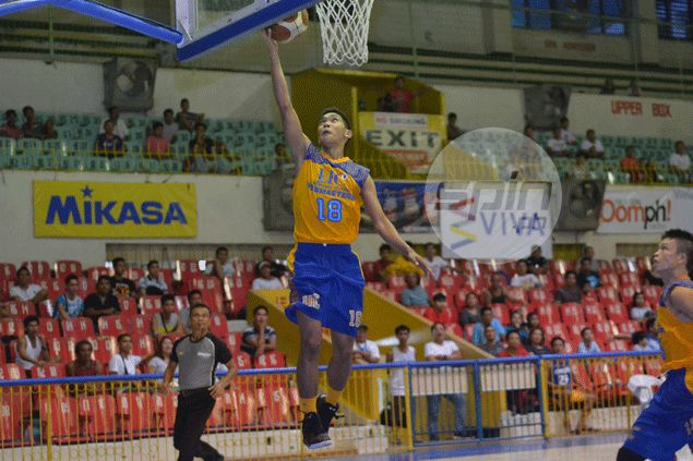 UC Webmasters remain in the hunt for Final Four berth after stunning win over SWU Cobras