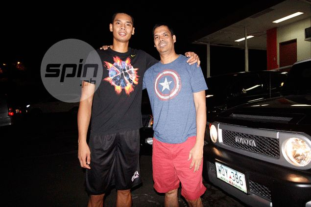 Former Ginebra player Peter Aguilar back for good to oversee Japeth's blossoming career