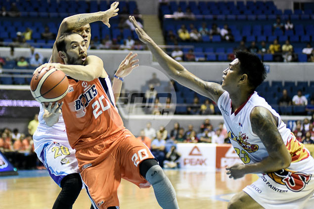 Meralco stays perfect after holding off furious rally from all-Filipino Rain or Shine side