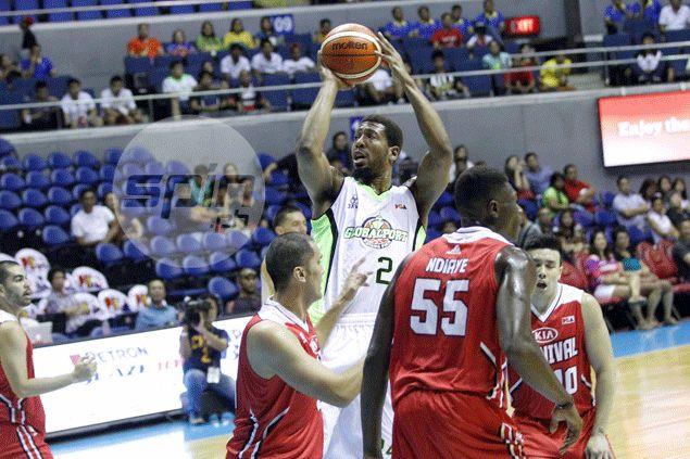 Jarrid Famous' monster 30-point, 37-rebound game leads GlobalPort past KIA