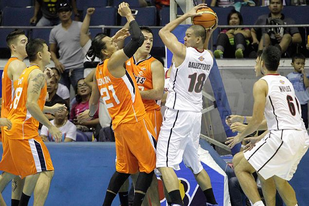 Hard-luck Blackwater left to rue questionable jump ball call late in OT loss to Meralco