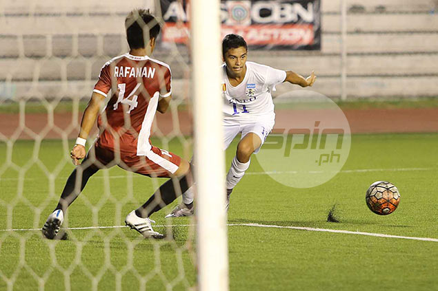 Rampant Gayoso, Alilam turn on the heat in five-star Ateneo performance vs UST
