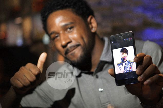 Willie Miller throws hat of support to Vice Ganda fan Jawhar Purdy in PBA Draft