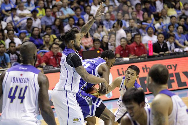 Jay Washington embraces role shift from gunner to defensive stopper in Purefoods series
